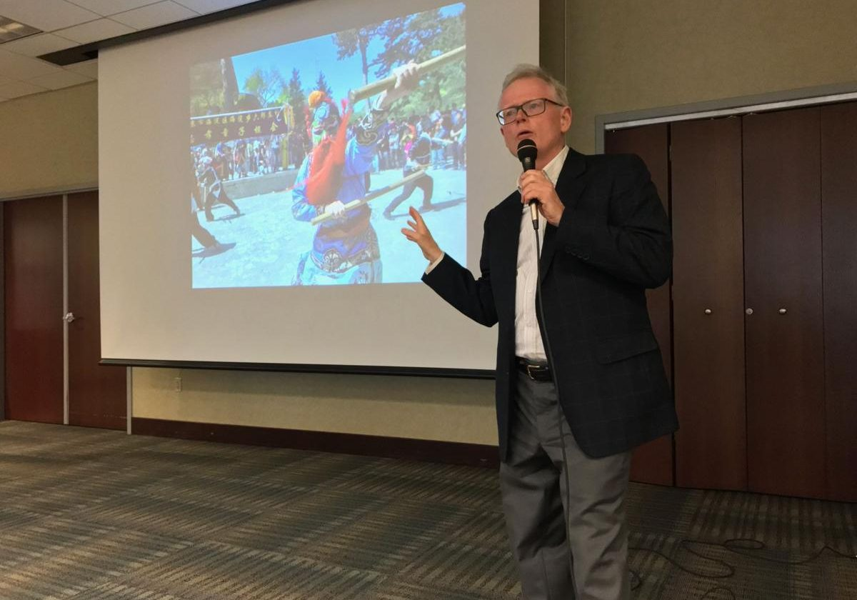 Author gives lecture on religion in China in The Exponent